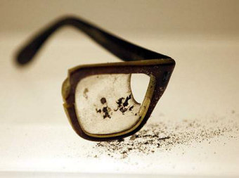 The remains of Allende&#039;s distinctive eyewear.
